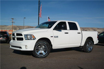 2018 Ram 1500 Crew Cab 4x4,  Pickup #6D18051 - photo 1