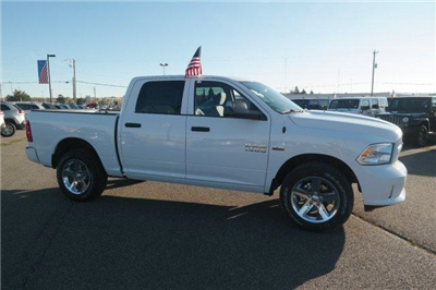 2018 Ram 1500 Crew Cab 4x4,  Pickup #6D18051 - photo 9