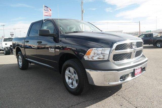 2018 Ram 1500 Crew Cab 4x4,  Pickup #6D18055 - photo 3