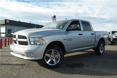 2018 Ram 1500 Crew Cab 4x4, Pickup #6D18074 - photo 1