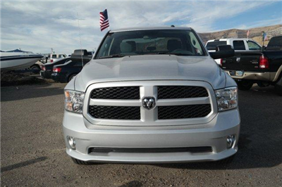 2018 Ram 1500 Crew Cab 4x4, Pickup #6D18074 - photo 13