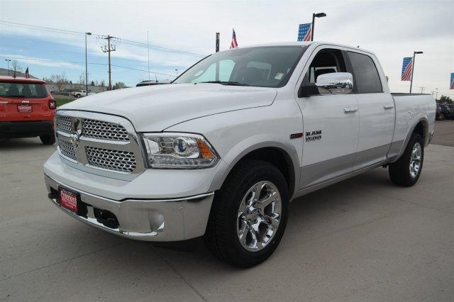 2018 Ram 1500 Crew Cab 4x4, Pickup #6D18244 - photo 8