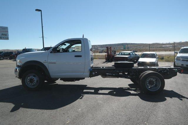 2018 Ram 5500 Regular Cab DRW 4x4,  Cab Chassis #6XD18010 - photo 4