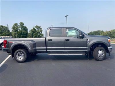 2020 Ford F-350 Crew Cab DRW 4x4, Pickup #J1946 - photo 5