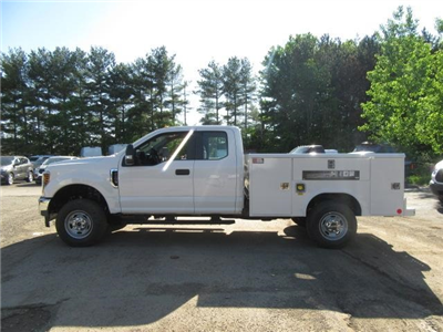 2018 F-250 Super Cab 4x4,  Reading Classic II Steel Service Body #JM8004 - photo 5