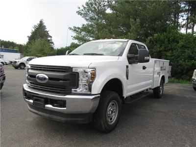 2018 F-250 Super Cab 4x4,  Reading Classic II Steel Service Body #JM8019 - photo 4