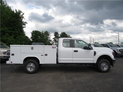 2018 F-250 Super Cab 4x4,  Reading Classic II Steel Service Body #JM8019 - photo 8