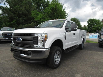 2018 F-250 Super Cab 4x4,  Reading Classic II Steel Service Body #JM8021 - photo 4