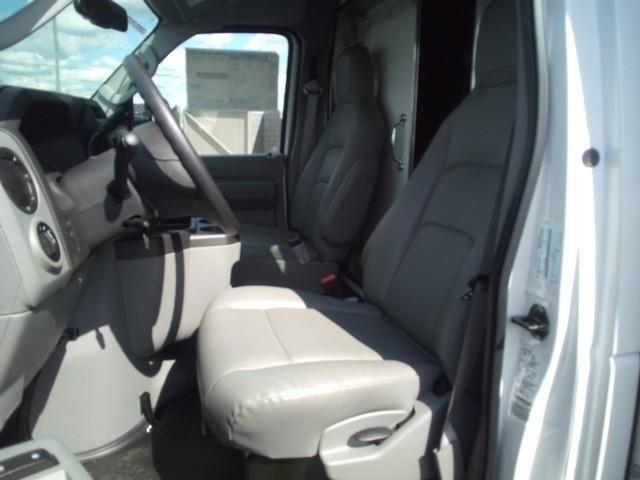 2019 E-350 4x2, Morgan Parcel Aluminum Cutaway Van #JM9051F - photo 12