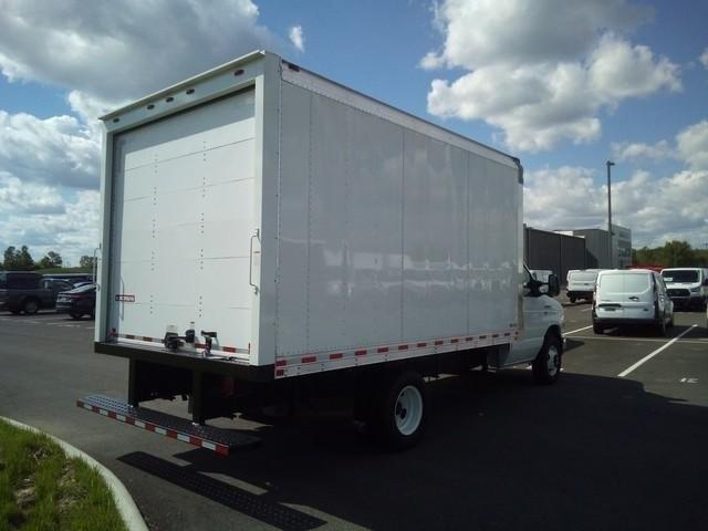 2019 E-350 4x2, Morgan Parcel Aluminum Cutaway Van #JM9051F - photo 2