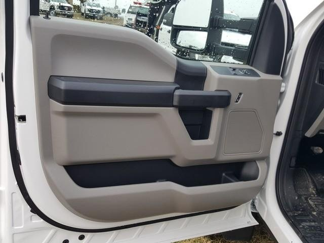 2020 Ford F-550 Regular Cab DRW 4x2, Knapheide Value-Master X Platform Body #JM9267F - photo 9