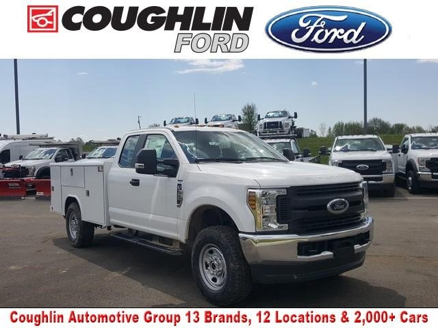 2019 Ford F-350 Super Cab 4x4, Reading Service Body #JM9285F - photo 1