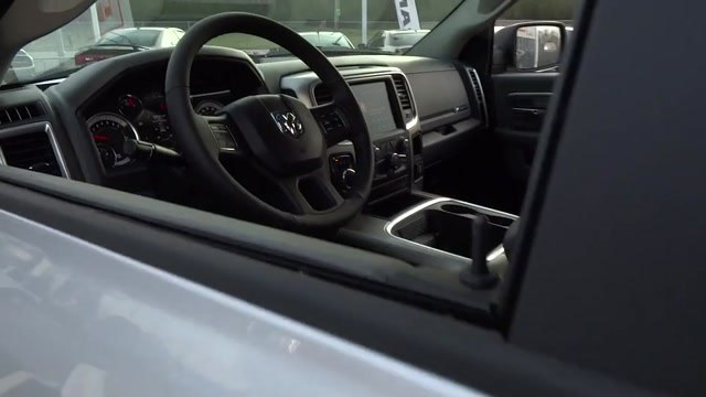 2018 Ram 1500 Crew Cab 4x4, Pickup #180371 - photo 24