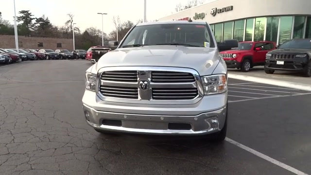 2018 Ram 1500 Crew Cab 4x4, Pickup #180371 - photo 38