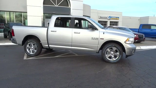 2018 Ram 1500 Crew Cab 4x4, Pickup #180371 - photo 5