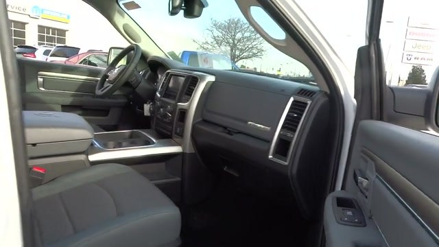 2018 Ram 1500 Crew Cab 4x4, Pickup #180372 - photo 12