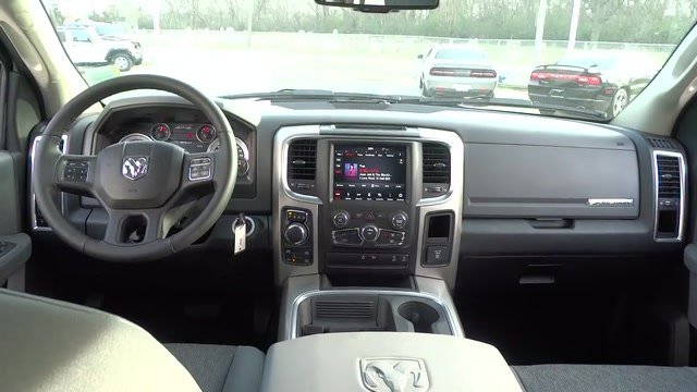 2018 Ram 1500 Crew Cab 4x4, Pickup #180372 - photo 20