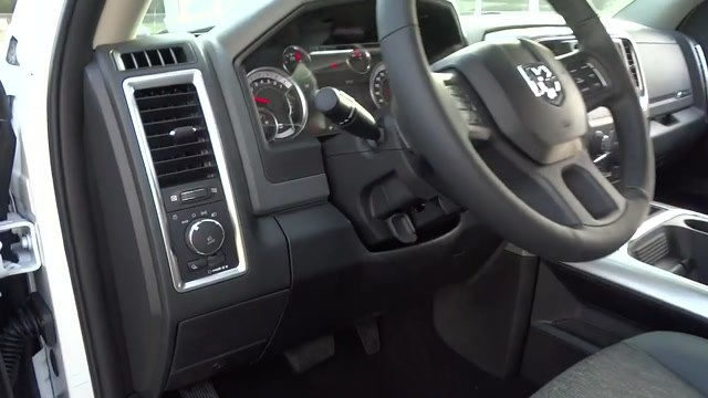 2018 Ram 1500 Crew Cab 4x4, Pickup #180372 - photo 24