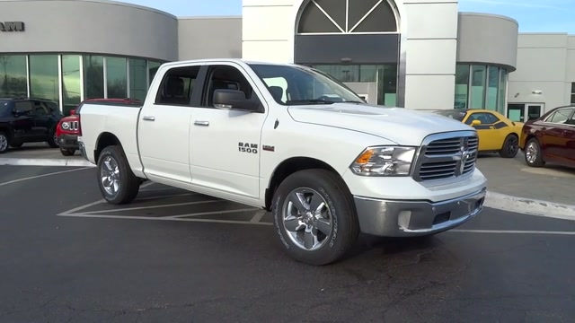 2018 Ram 1500 Crew Cab 4x4, Pickup #180372 - photo 4