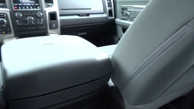 2018 Ram 1500 Crew Cab 4x4, Pickup #180440 - photo 18