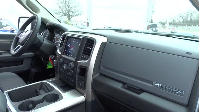 2018 Ram 1500 Crew Cab 4x4, Pickup #180440 - photo 9
