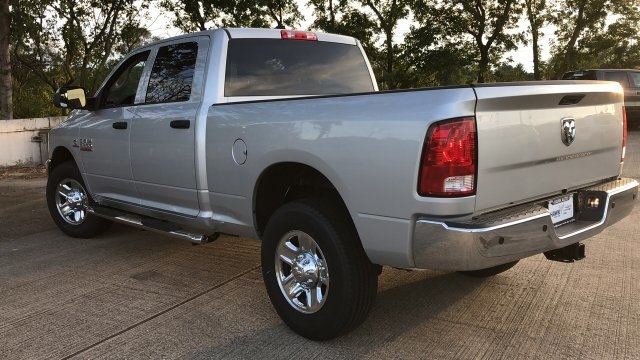 2018 Ram 3500 Crew Cab 4x2,  Pickup #180935 - photo 7