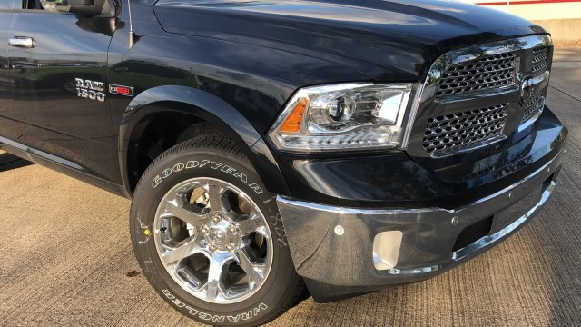 2018 Ram 1500 Crew Cab 4x4,  Pickup #180948 - photo 3
