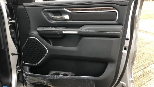 2019 Ram 1500 Crew Cab 4x4,  Pickup #190023 - photo 16