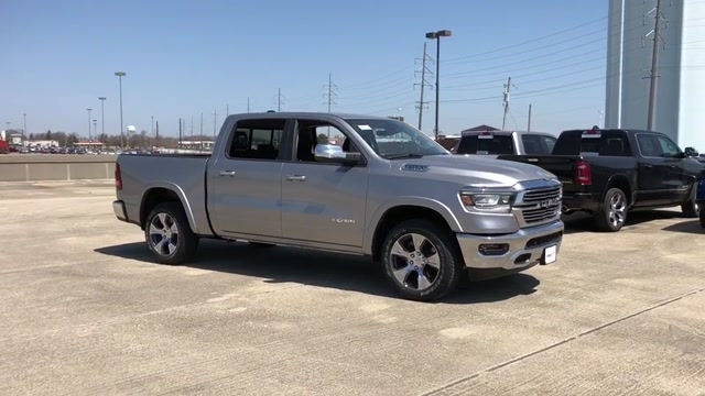 2019 Ram 1500 Crew Cab 4x4, Pickup #190024 - photo 3