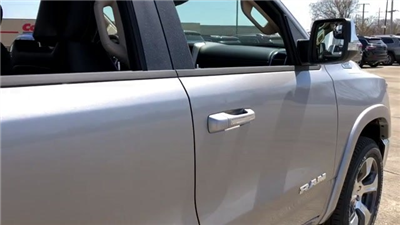 2019 Ram 1500 Crew Cab 4x4, Pickup #190024 - photo 11