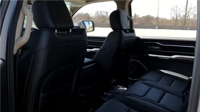 2019 Ram 1500 Crew Cab 4x4, Pickup #190024 - photo 17