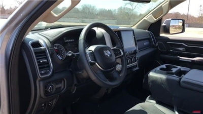 2019 Ram 1500 Crew Cab 4x4, Pickup #190024 - photo 23