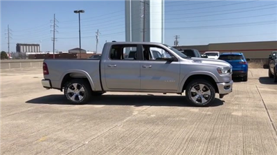 2019 Ram 1500 Crew Cab 4x4, Pickup #190024 - photo 4