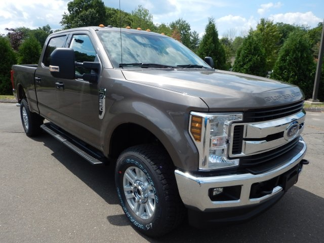 2018 F-250 Crew Cab 4x4,  Pickup #45935 - photo 3