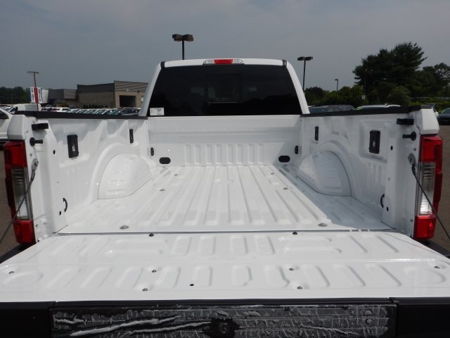 2019 F-350 Crew Cab 4x4,  Pickup #46014 - photo 16