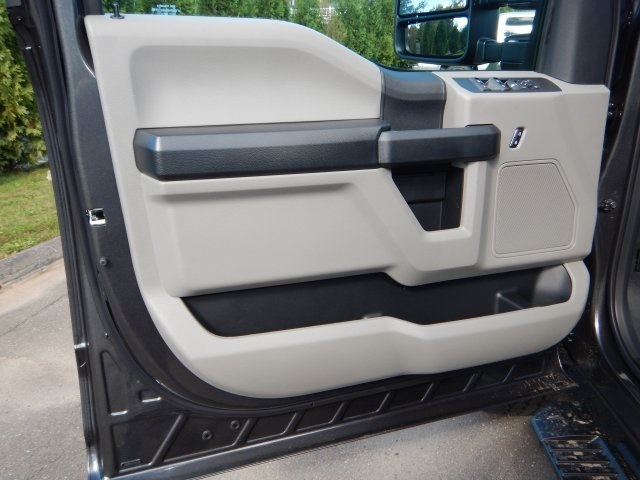 2019 F-350 Crew Cab 4x4,  Pickup #46130 - photo 19