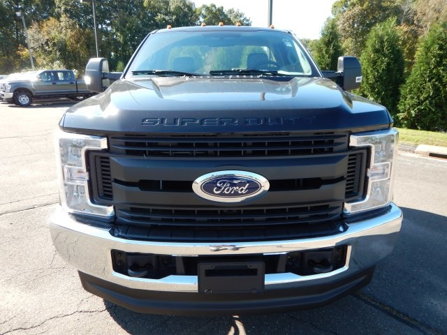 2019 F-350 Regular Cab DRW 4x4,  Cab Chassis #46165 - photo 9