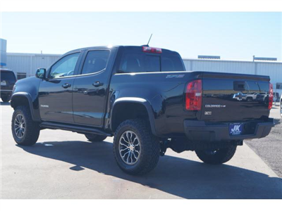 2018 Colorado Crew Cab 4x4,  Pickup #J1156181 - photo 2