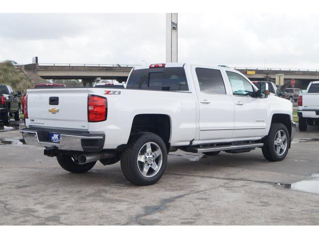 2018 Silverado 2500 Crew Cab 4x4,  Pickup #JF185338 - photo 3