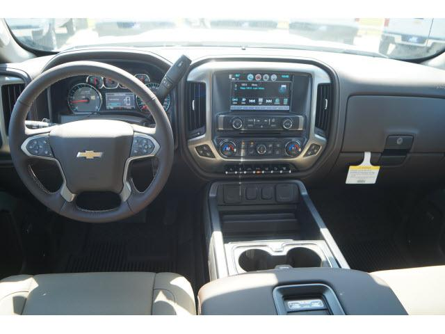 2018 Silverado 2500 Crew Cab 4x4,  Pickup #JF187420 - photo 4