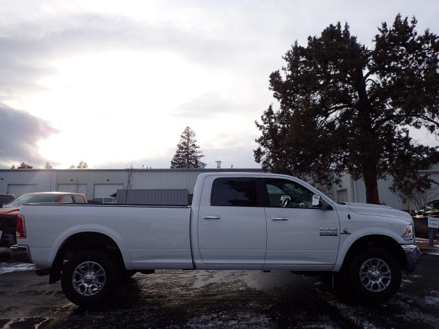 2018 Ram 2500 Crew Cab 4x4, Pickup #DT17509 - photo 3