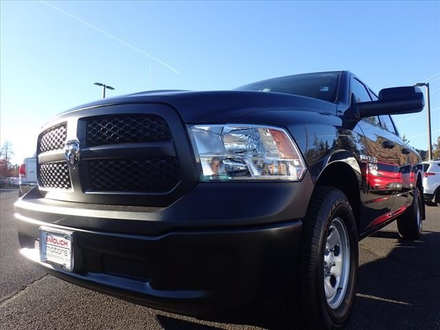 2018 Ram 1500 Crew Cab 4x4,  Pickup #DT17521 - photo 10