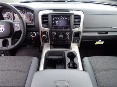 2018 Ram 1500 Crew Cab 4x4, Pickup #DT17545 - photo 14