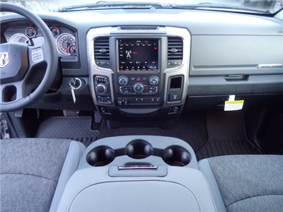 2018 Ram 1500 Crew Cab 4x4, Pickup #DT17563 - photo 14