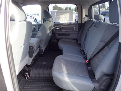 2018 Ram 1500 Crew Cab 4x4, Pickup #DT17585 - photo 12