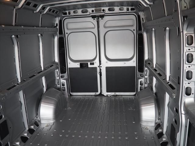 2018 ProMaster 2500 High Roof 4x2,  Empty Cargo Van #DT17650 - photo 2