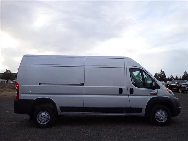 2018 ProMaster 2500 High Roof 4x2,  Empty Cargo Van #DT18081 - photo 3