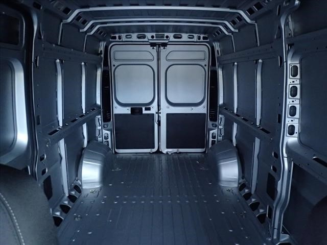 2018 ProMaster 2500 High Roof 4x2,  Empty Cargo Van #DT18081 - photo 2