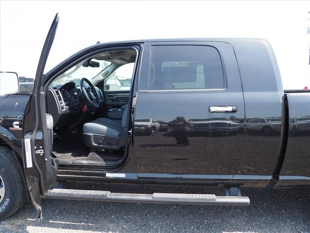 2018 Ram 3500 Mega Cab 4x4,  Pickup #DT18160 - photo 15