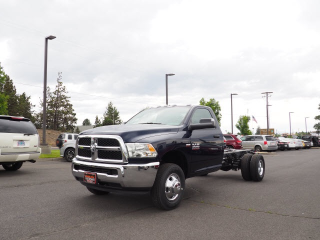 2018 Ram 3500 Regular Cab DRW 4x4,  Cab Chassis #DT18216 - photo 12